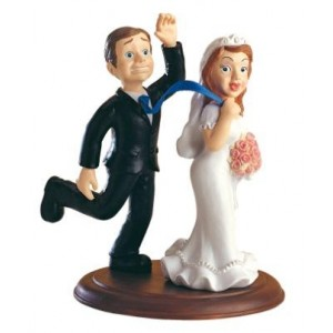 """Top cake Bride and Groom """" I caught you"""""""
